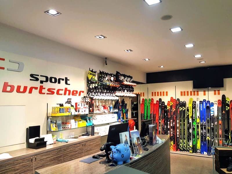Skiverhuur winkel SPORT 2000 Burtscher, Talstation Ried-Fendels in Ried im Oberinntal