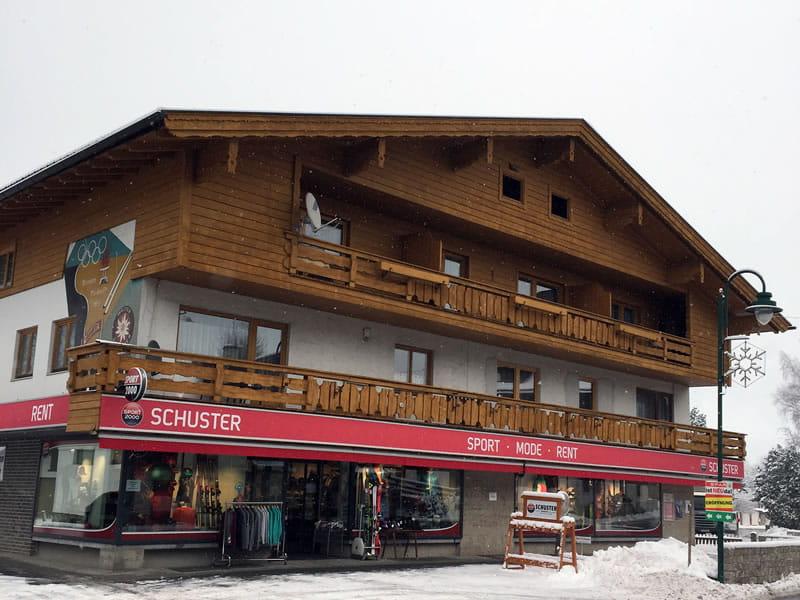 Skiverhuur winkel SPORT 2000 Schuster, Unterdorf 2 in Lermoos