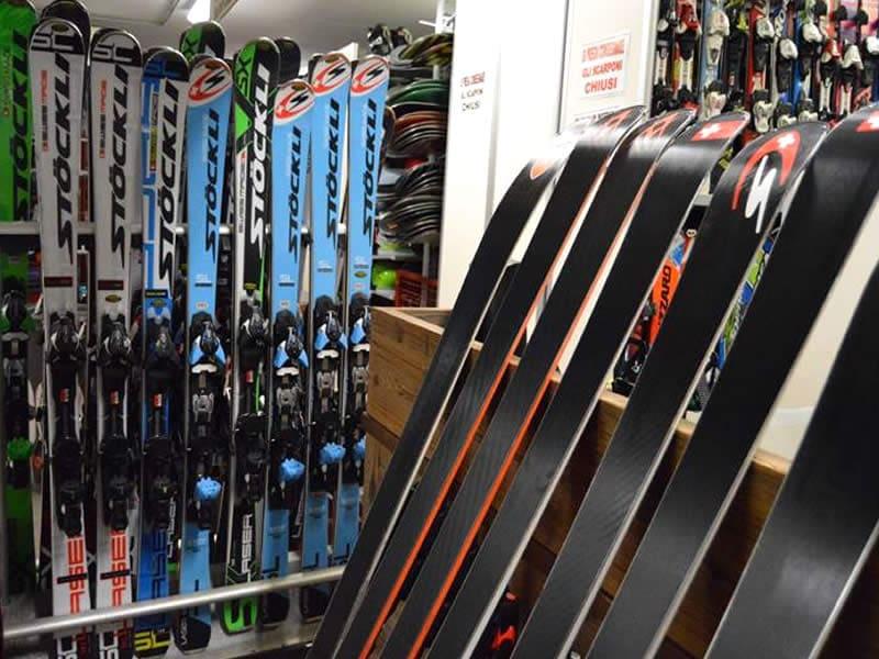 Skiverhuur winkel IL COMODO SCI, Via N. Bolognini, 82 in Pinzolo