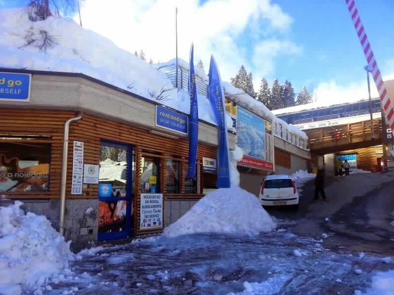 Skiverhuur winkel Noleggio del Brenta 5 Laghi, Via Presanella, 12 in Madonna di Campiglio
