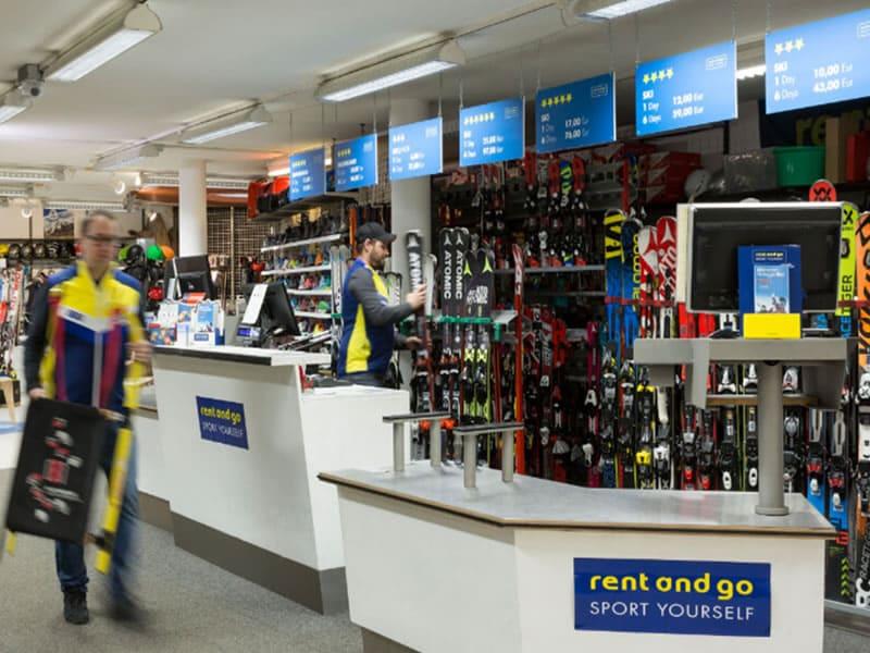 Skiverhuur winkel rentasport Mayrl, Via Valle Aurina, 41 in Sand in Taufers