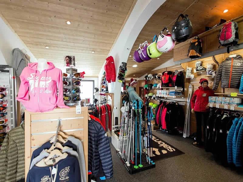 Skiverhuur winkel FL SPORT, Village du Clos des Fonds, Place des Arcades - Les Deux Alpes 1800 in Les Deux Alpes 1800