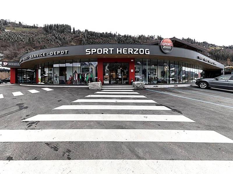 Skiverhuur winkel SPORT 2000 Herzog, Wildkogelbahnstrasse 280 in Neukirchen